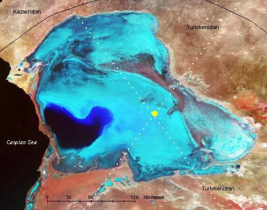 Través de satélite, como regulador del nivel del mar caspio